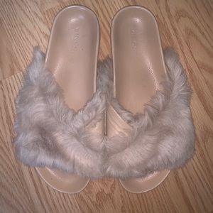 Vince Garrison Fur Slides sz 8.5
